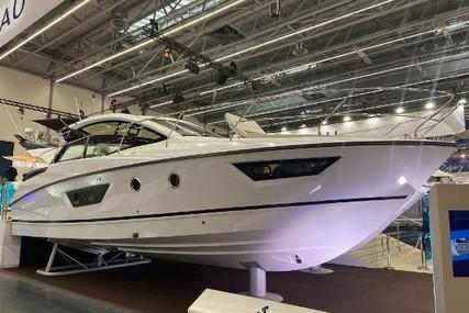 Beneteau Gran Turismo 40 for sale in United Kingdom for €439,000 (£395,770)