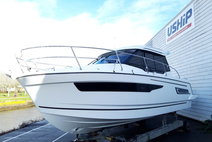 Jeanneau Merry Fisher 895 for sale in France for €124,000 (£108,865)