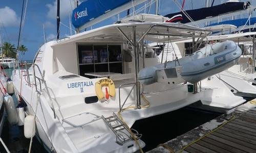 Image of Leopard 44 for sale in French Polynesia for €305,000 (£268,045) Raiatea, French Polynesia