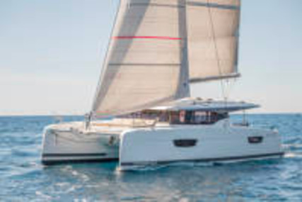 Fountaine Pajot Astrea 42 for charter in USA (NEWPORT) RI from €5,103 / week