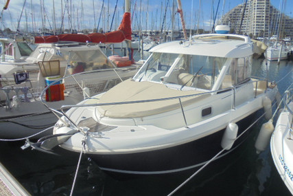 Jeanneau Merry Fisher 725 for sale in France for €35,900 (£32,624)