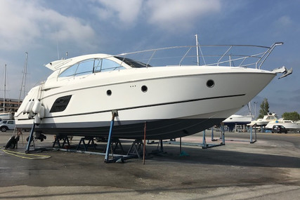 Beneteau Monte Carlo 47 Hard Top for sale in France for €236,000 (£208,994)