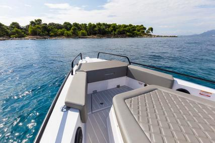Axopar 37 Cabin for sale in United States of America for $285,226 (£232,515)