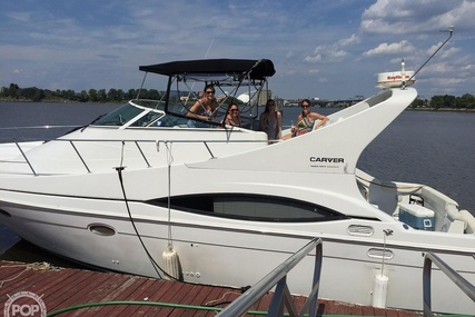 Carver Yachts 350 Mariner for sale in United States of America for $61,200 (£49,848)