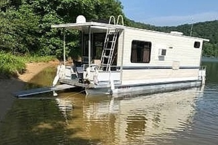 Adventure Houseboat 28 for sale in United States of America for $33,400 (£26,499)