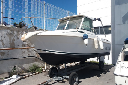 Jeanneau Merry Fisher 580 for sale in France for €14,800 (£13,249)