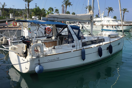 Beneteau Oceanis 38 for sale in Italy for €135,000 (£122,260)