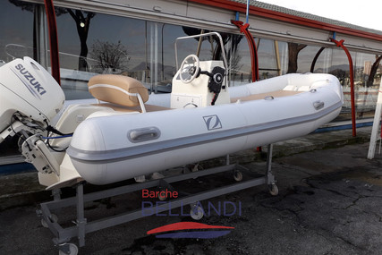 Zodiac Medline I for sale in Italy for €12,350 (£10,976)