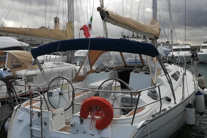 Jeanneau Sun Odyssey 40 for sale in Italy for €79,000 (£71,545)