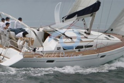 Jeanneau Sun Odyssey 42i for sale in Italy for €110,000 (£99,419)