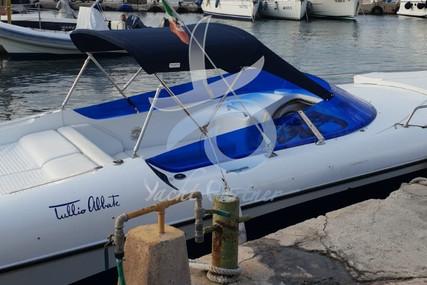 Tullio Abbate 32 Elite for sale in Italy for €30,000 (£26,969)