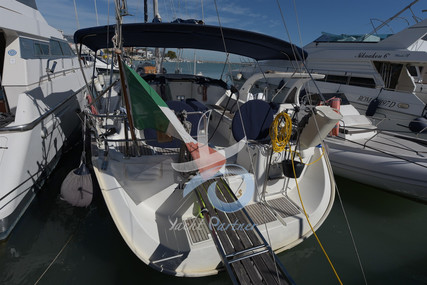 Beneteau Oceanis 473 for sale in Italy for €110,000 (£99,083)