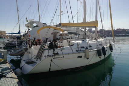 Beneteau Oceanis 381 for sale in Italy for €52,000 (£46,552)