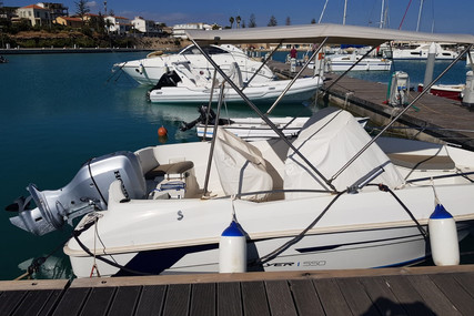 Beneteau Flyer 550 Open for sale in Italy for €15,000 (£13,284)