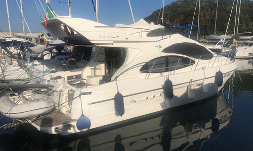 Image of Azimut Yachts 42 for sale in Italy for €130,000 (£117,098) VIAREGGIO, , Italy