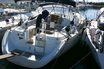 Beneteau Oceanis 423 for sale in Italy for €85,000 (£74,701)