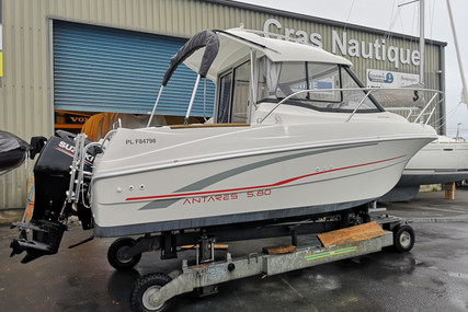 Beneteau Antares 5.80 for sale in France for €27,000 (£24,196)