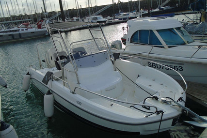 Beneteau Flyer 6.6 Spacedeck for sale in France for €35,000 (£31,366)