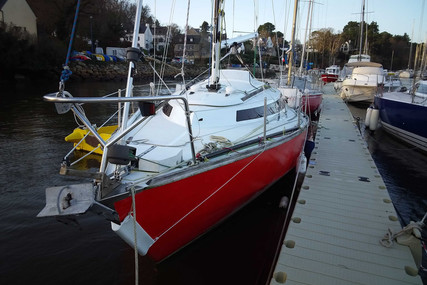 CHANTIER DU PORT MOPELIA IOR 8.48 for sale in France for €8,000 (£7,201)