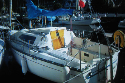 Kelt 760 LIFTING KEEL for sale in France for €4,800 (£4,338)