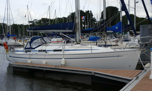 Image of Bavaria Yachts 34 for sale in France for €47,000 (£41,622) Paimpol, Paimpol, France