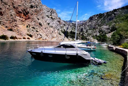 Custom Mirakul 30 for charter in Croatia from €2,240 / week