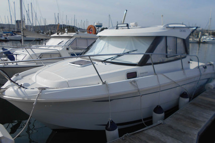 Beneteau Antares 7.80 for sale in France for €34,500 (£30,918)