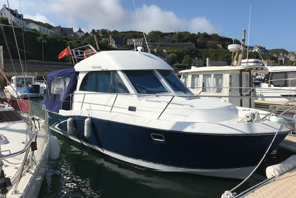 Beneteau Antares 9 for sale in France for €54,000 (£47,975)