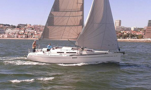 Image of Dufour Yachts 34 e Performance for sale in Portugal for €65,000 (£58,748) Lisbon, , Portugal
