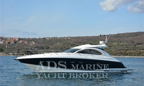 Image of Sunseeker Portofino 47 for sale in Croatia for €249,000 (£224,359) Croatia