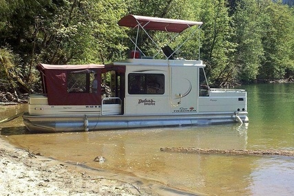 Sun Tracker Party Barge 32 for sale in United States of America for $29,900 (£24,539)