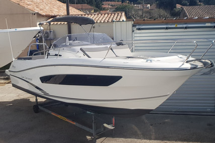 Jeanneau Cap Camarat 7.5 WA for sale in France for €59,500 (£53,324)