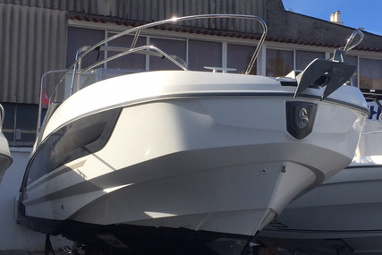 Beneteau Flyer 8.8 Sundeck for sale in France for €82,000 (£73,408)