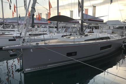 Beneteau Oceanis 461 for sale in France for €347,000 (£311,158)