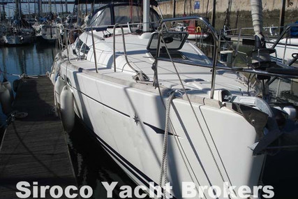 Jeanneau Sun Odyssey 36i for sale in Portugal for €78,000 (£69,894)
