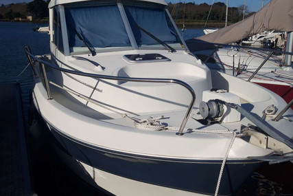 Beneteau Antares 760 for sale in France for €35,000 (£31,333)