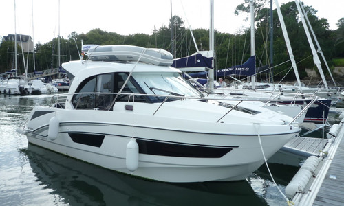 Image of Beneteau Antares 9 for sale in France for €118,000 (£106,595) BENODET, , France