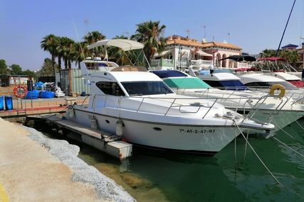 Doqueve 370 for sale in Spain for €45,000 (£41,316)
