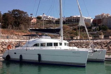 Lagoon 380 for charter in Spain from €3,000 / week