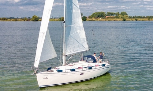 Image of Bavaria Yachts 33 Cruiser for sale in Netherlands for €49,900 (£44,986) Willemstad (, Netherlands