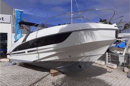 Beneteau Flyer 8.8 Sundeck for sale in Portugal for €90,000 (£80,570)