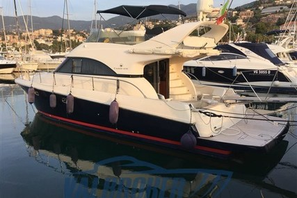 Cayman 42 Fly for sale in Italy for €155,000 (£136,527)