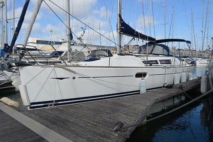 Jeanneau Sun Odyssey 36i for sale in Portugal for €80,000 (£71,686)