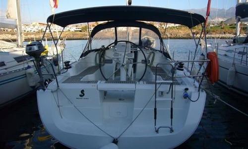 Image of Beneteau Oceanis 37 for sale in Spain for €85,000 (£76,069) Palma de Mallorca, Spain