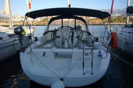 Beneteau Oceanis 37 for sale in Spain for €85,000 (£78,042)