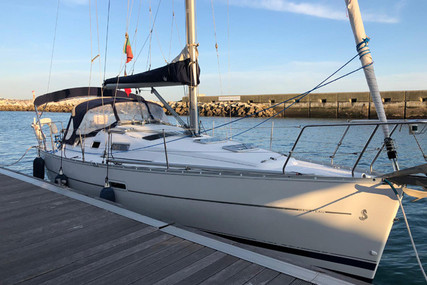 Beneteau Oceanis 323 Clipper for sale in Portugal for €49,000 (£42,964)