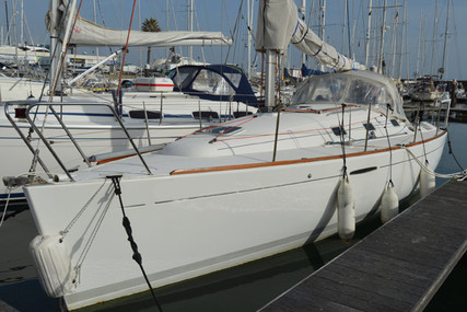 Beneteau First 31.7 for sale in Portugal for €45,000 (£40,323)