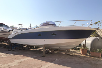 Manò Marine MANO 27.50 EFB for sale in Italy for €44,000 (£39,585)