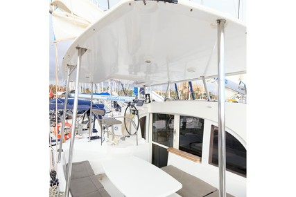 Lagoon 380 for sale in Spain for £270,000