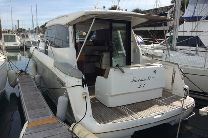 Jeanneau NC 9 for sale in France for €105,000 (£93,968)